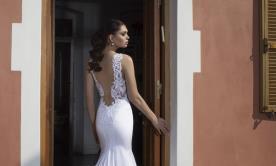 שמלת כלה גב מעוטר תחרה מיוחדת