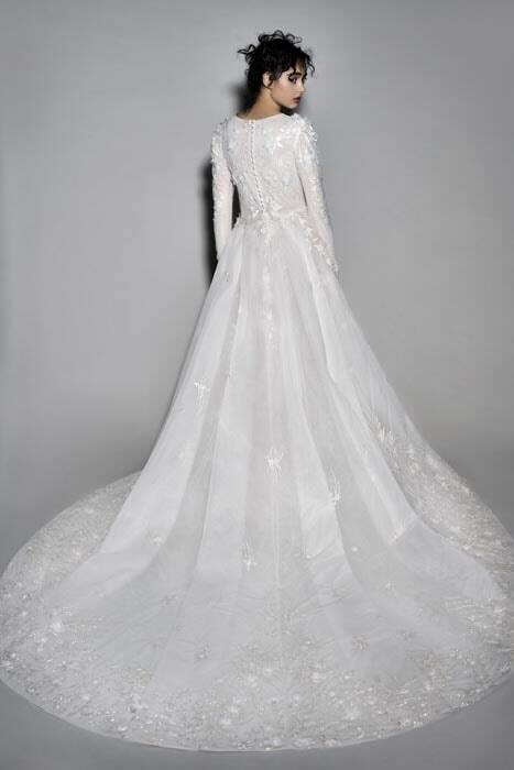 חנה מרילוס  - עיצוב שמלות כלה