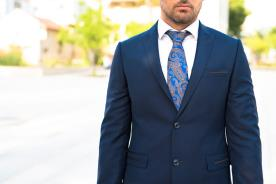 חליפת חתן- בלייזר עם עיטור בכיסים