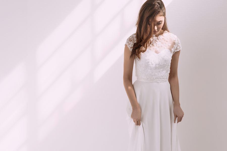 שמלת כלה רומנטית בשני חלקים