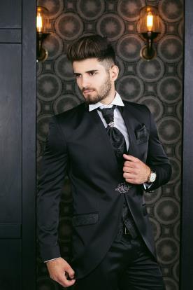 חליפת חתן- בלייזר עם כיסים מעוטרים