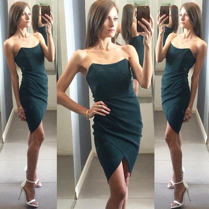 שמלה עם נצנצים