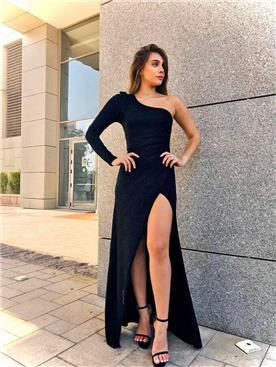 שמלה שחורה לחתונה