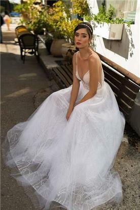 שמלת ערב בעיצוב קלאסי