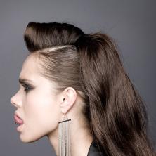 שיער אסוף עם בלורית