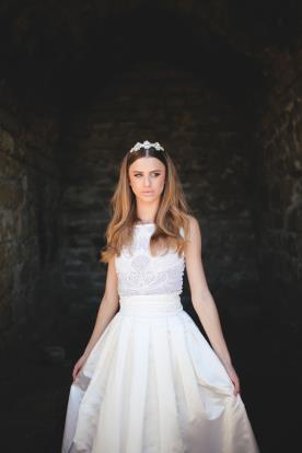 שמלת כלה נסיכתית לבנה