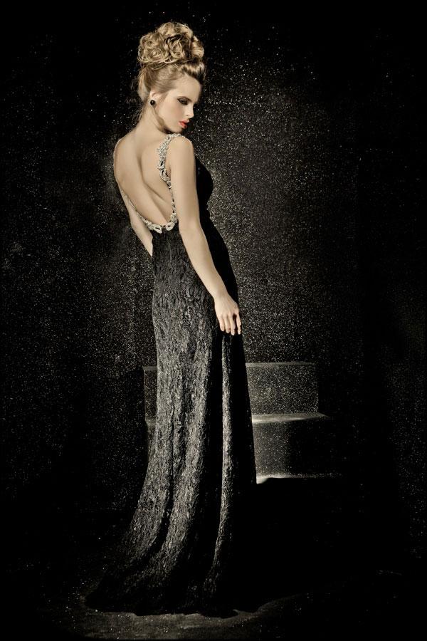 שמלת ערב זוהרת למראה רומנטי