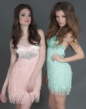 שמלות ערב מיני עם פרנזים