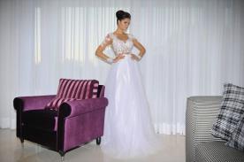 שמלת כלה נפוחה למראה זוהר