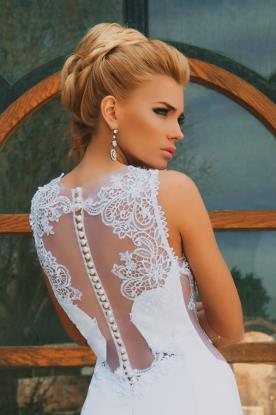 שמלת כלה צמודה למראה אלגנטי