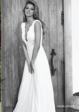 שמלת כלה אמפיר עם כתפיות עבות