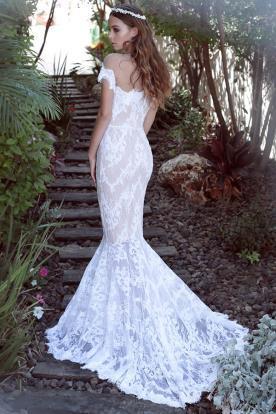 שמלת כלה מתחרה למראה קלאסי