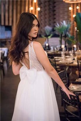 שמלות סאטן