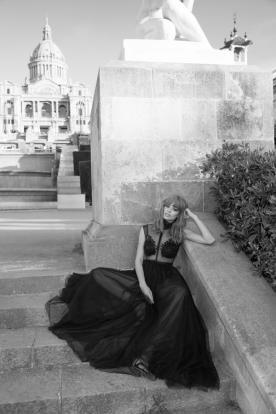 שמלת ערב נועזת מודרנית