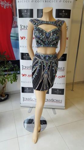 שמלת ערב גופיה וחצאית עם אבנים