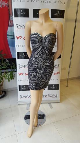 שמלת ערב מיני שחורה עם אבנים