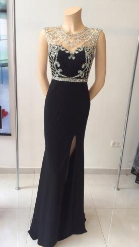 שמלת ערב שחורה תחרה כסופה