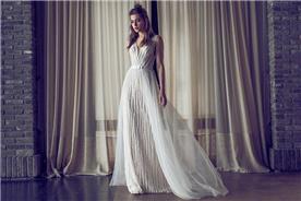 שמלת כלה משולבת בד עם חרוזים ובד טול