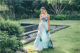 שמלה פרחונית פשוטה משני חלקים