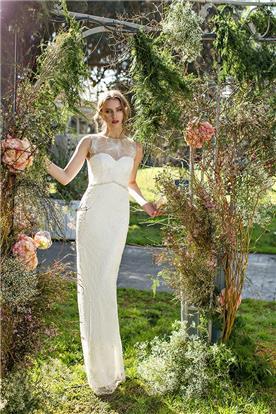 שמלה אלגנטית צמודה