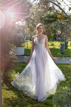 שמלת טול ותחרה שקופה