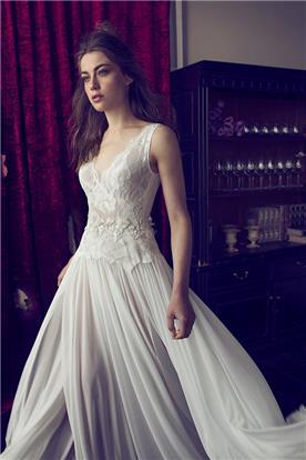 שמלת מעוצבת