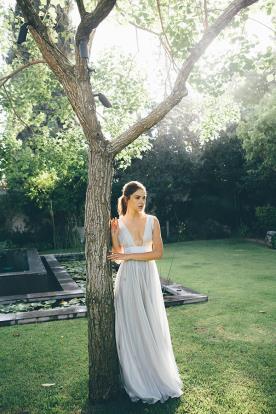 שמלת ערב מקסי אפורה