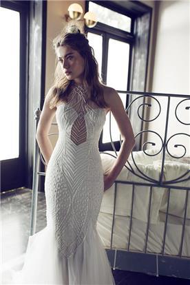 שמלה צמודה מעוטרת חרוזים