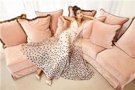 שמלה פשוטה עם בד שיפון עם כוכבים