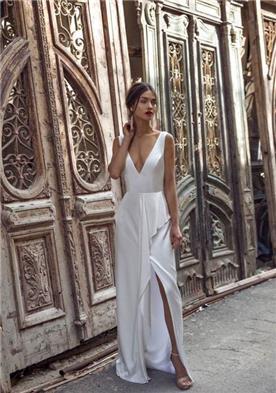 שמלת בהתאמה אישית