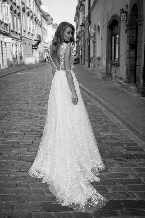 שמלות ערב מגוונות