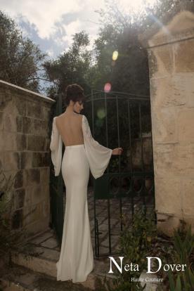 שמלת כלה מחשוף גב מרובע
