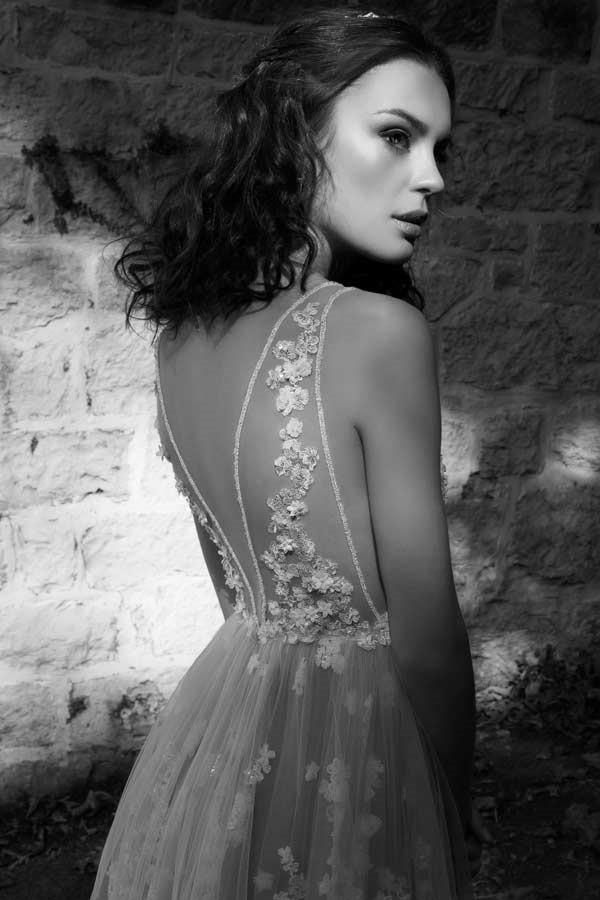 שמלת כלה פרחונית
