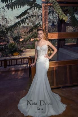 שמלת כלה רומנטית מחוך מחורז