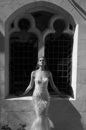 שמלת כלה בת הים עם חרוזים