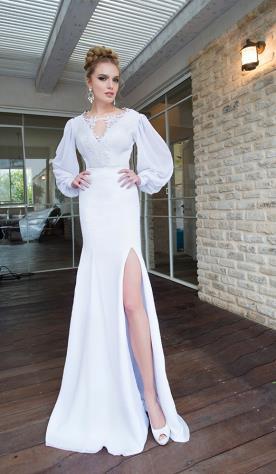 שמלת כלה נועזת שרוולים ושסע