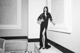 שמלת ערב שחורה בעיצוב קלאסי