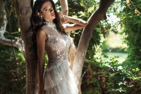 שמלת כלה עם שכבות מלמלה מבד טול