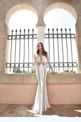 שמלת כלה בעיצוב דרמטי ומרשים