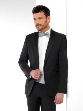 חליפת חתן עם חגורת מותן כסופה