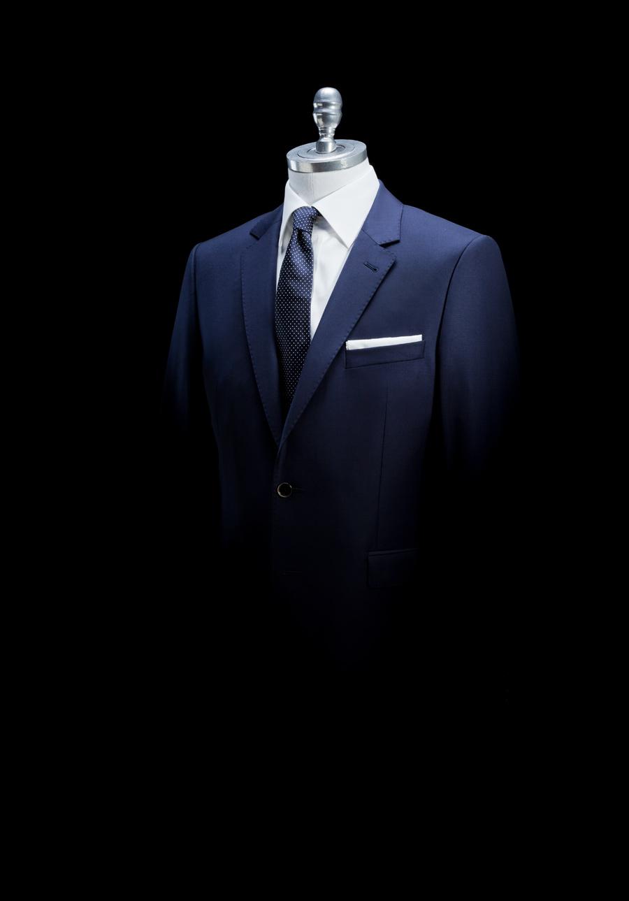 חליפה קלאסית לחתן המודרני