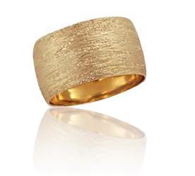 טבעת נישואין מרוקעת עבה