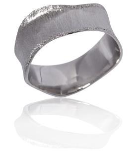 טבעת נישואין בסגנון ייחודי
