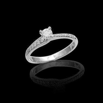 תכשיט: תכשיט לאישה, טבעת אירוסין, טבעת נישואין, תכשיט עם יהלומים, תכשיט כסף, יהלומים - תכשיטי סימיון מאייב