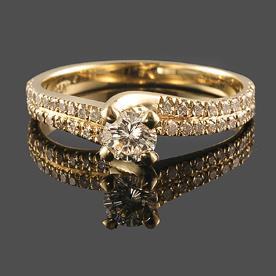 טבעת אירוסין 2 שורות יהלומים