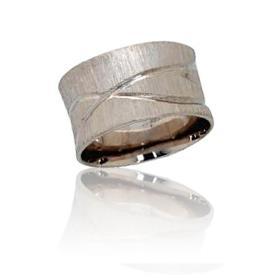 טבעת נישואין דוגמת איקס