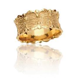 טבעת נישואין בעיצוב מלכותי