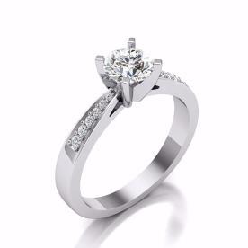טבעת אירוסין בעיצוב רומנטי זהב לבן