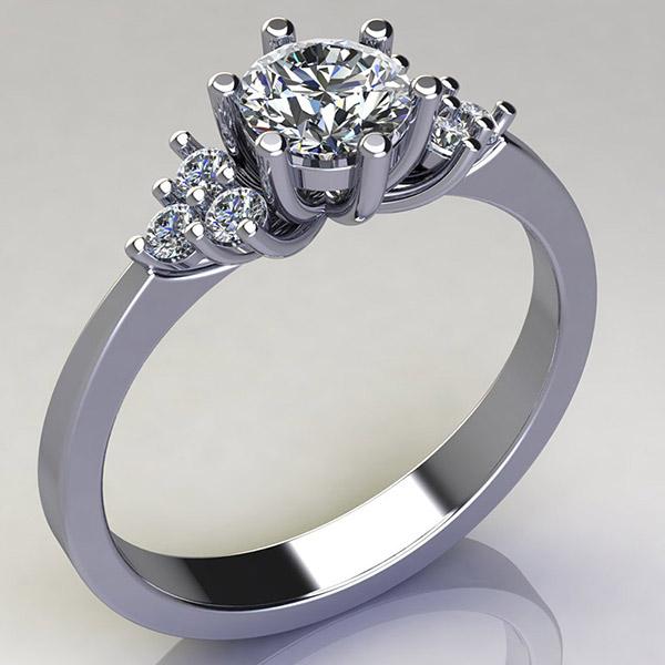 טבעת אירוסין בסגנון מלכותי