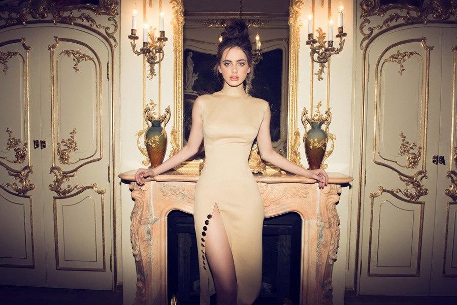 שמלת ערב קלאסית עם שסע
